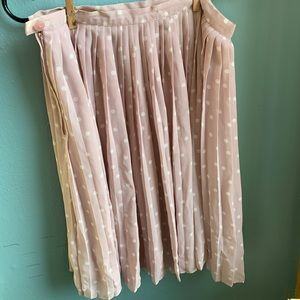 Dresses & Skirts - Light pink FLUTTERY pleated skirt with polka dots